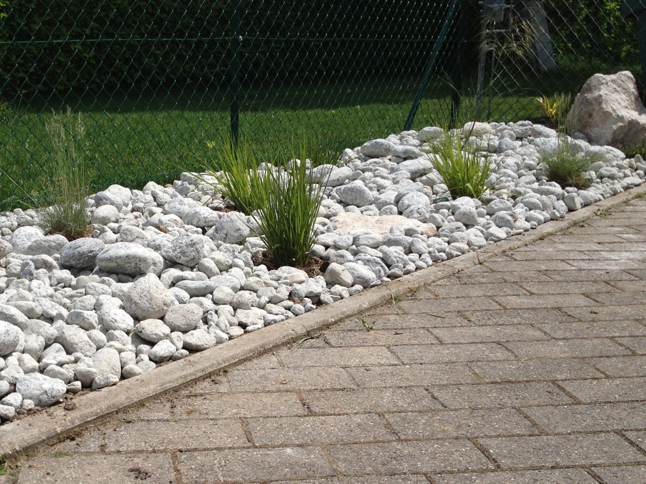 Massif min ral maillefer paysagiste sa gen ve for Jardin mineral