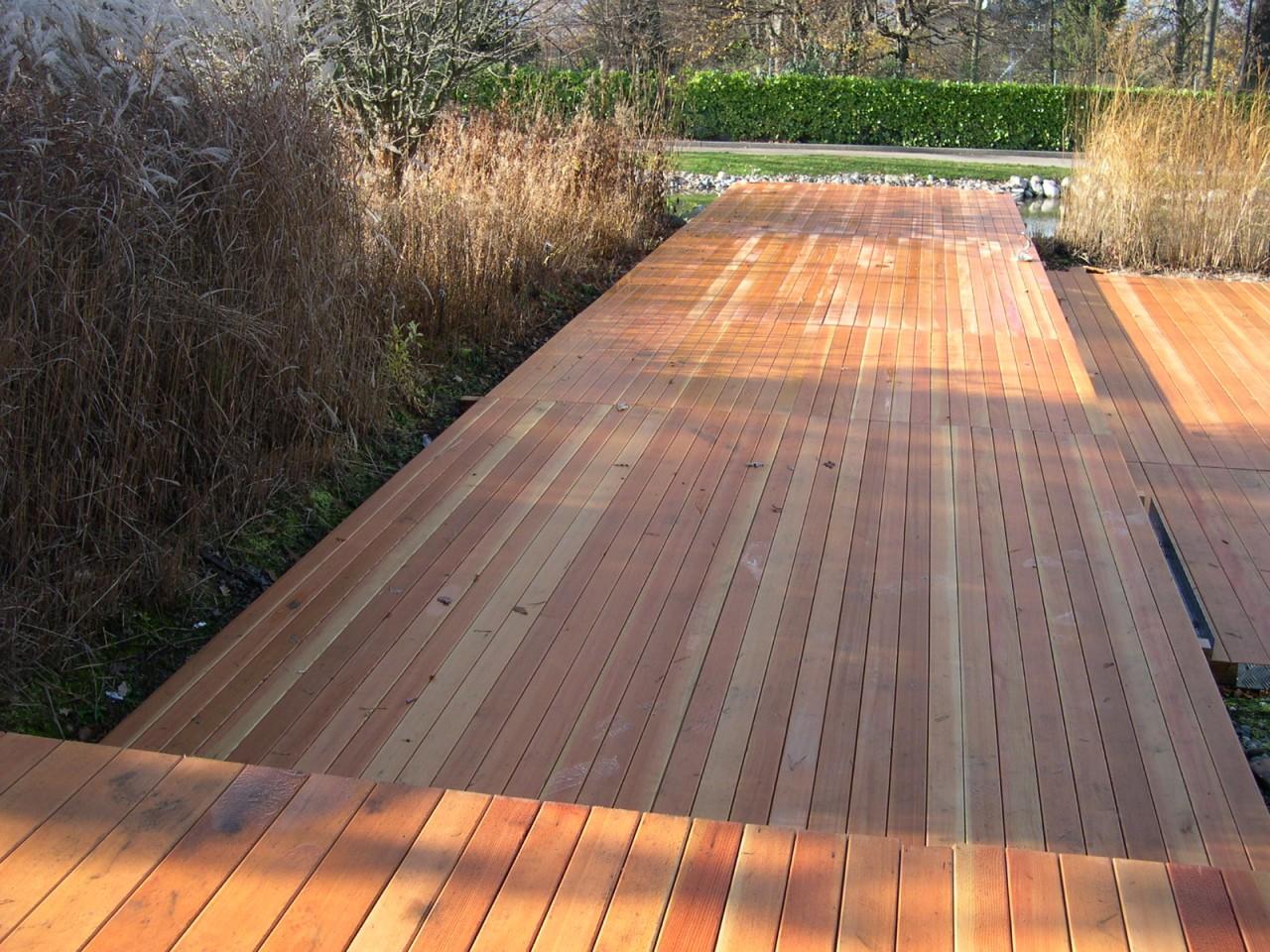 Magnifique terrasse en bois naturel